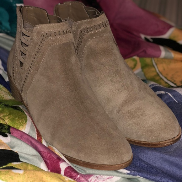 Vince Camuto Pimmy Booties